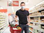 Should you Wipe Down Groceries During the Pandemic?